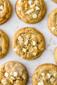 White Chocolate Macadamia Nut Cookies - Kim's Cravings Best White Chocolate, White Chocolate Macadamia, White Chocolate Chips, Bakery Recipes, Cookie Recipes, Macadamia Nut Cookies, Cookie Calories, Chocolate Chunk Cookies, No Bake Cookies