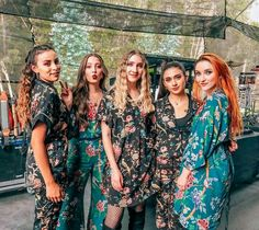 Cover Up, Bohemian, Outfit, Instagram, Photography Ideas, Queens, Friendship, Image, Dresses
