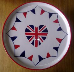 Union Jack Heart Ceramic Cake Stand / Plate - Bunting Flags Pattern - Boxed. New
