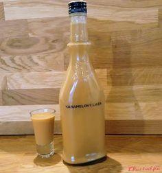 Karamelový likér - eKucharka.cz Frappuccino Bottles, Starbucks Frappuccino, Coffee Bottle, Vodka Bottle, Drinks, Food, Drinking, Beverages, Essen