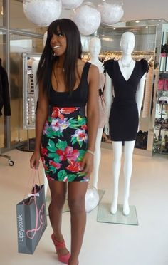 4. Floral - 7 Lovely Street Style Looks from Kelly Rowland ... → Streetstyle