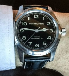 Hands-on with the actual Hamilton watches used in Christopher Nolan's Interstellar movie worn by the Murph and Cooper characters. Casual Watches, Cool Watches, Watches For Men, Most Beautiful Watches, Most Popular Watches, Watch Blog, Affordable Watches, Watch Brands, Omega Watch