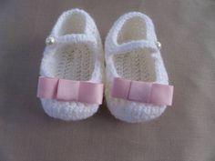 Come fare scarpine da neonato a uncinetto con fiocco - Istruzioni in Italiano