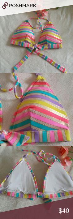 SALE Victoria's Secret Bikini Top Large Excellent condition.  Has removable pads Size large Victoria's Secret Swim Bikinis