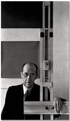 Piet Mondrian, New York, NY, Photographer Arnold Newman. Pieter Cornelis Mondrian Dutch painter, an important contributor to the De Stijl art movement. Piet Mondrian, Dutch Artists, Famous Artists, Great Artists, Male Artists, Image Cinema, Carl Spitzweg, Antoine Bourdelle, Environmental Portraits