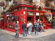 Guide to Pubs and Pub Etiquette in Ireland