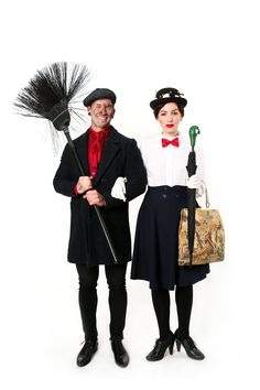 Halloween Couples Costume Idea: Mary Poppins and Bert (keiko lynn) Bert Mary Poppins, Mary Poppins And Bert Costume, Mary Poppins Halloween Costume, Costumes Halloween Disney, Halloween Costume Couple, Couples Halloween, Diy Couples Costumes, Costume Ideas, Purim Costumes