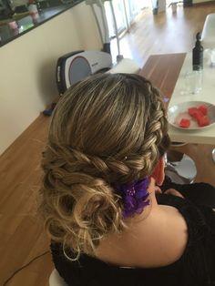 Mehr dazu auf Facebook Hairstyling Amandita Dreadlocks, Facebook, Hair Styles, Beauty, Styling Tips, Braided Hairstyle, Braid, Tutorials, Hair Makeup