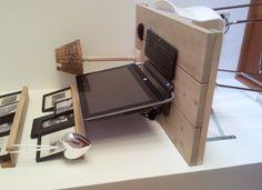 Computertafel van steigerhout, zelf gemaakt!