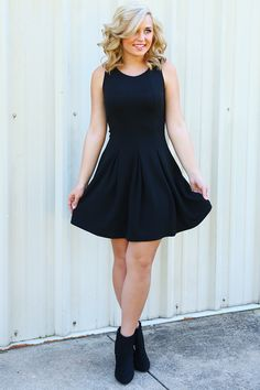Let's Make A Scene Dress: Blackhttp://shophopes.com/collections/whats-new/products/lets-make-a-scene-dress-black