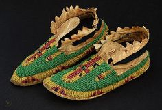 19TH CENTURY YANKTON SIOUX GIRL'S MOCCASINS | #411249367 Native American Legends, Native American Pictures, Native American Women, Native American Indians, Native American Moccasins, Native American Beadwork, Beaded Moccasins, Art Articles, Plains Indians