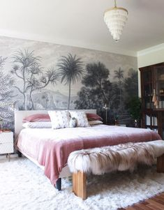 A Family's Collected Sensibility Creates a Home Full of Stories  – Design*Sponge Home Design, Modern House Design, Dream Bedroom, Home Decor Bedroom, Textured Bedding, Home Interior, Interior Design, Twin Xl Bedding, Decoration Inspiration