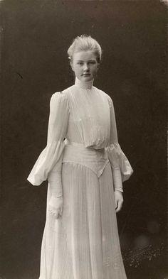 Beate Ellingsen, 1903.