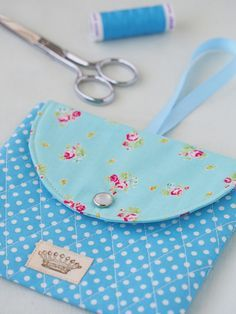 saturday morning sewing - Pretty by Hand -