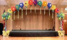 украшение зала на выпускной из шаров фото