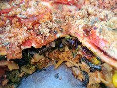 Lasaña de acelgas y carne de soja #vegano #vegetariano #sano #soja Carne, Pork, Pasta, Meat, Chicken, Pizza Recipes, Pizza, Food, Vegans