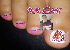 La imagen puede contener: una o varias personas y primer plano Cute Pedicure Designs, Nail Designs, Cute Pedicures, Nails, Instagram Posts, Ladybugs, Finger Nails, Templates, Toe Nail Designs
