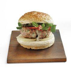 Burger-Saterdag! Barbara se 5 bestes | SARIE Salmon Burgers, Kos, Delicious Food, Recipies, Merry, African, Snacks, Dishes, Drink