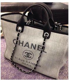 Chanel Handbags, Fashion Handbags, Purses And Handbags, Fashion Bags, Channel Bags Handbags, Dior Purses, Chanel Tote Bag, Trendy Handbags, Chanel Fashion