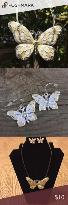 Butterfly Necklace with Earrings Adorable necklace with a matching set of earrings to go with! ✨ Jewelry Necklaces