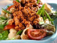 Hot kyllingkjøttdeig i salatblader Frisk, Kung Pao Chicken, Risotto, Salad, Beef, Ethnic Recipes, Hot, Dinners, Cilantro