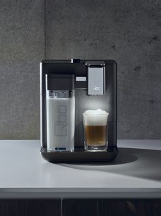 QBO COFFEE  agency: Kemmler Kemmle photostudio: Spielfeld postproduction: px1 Berlin food styling: Natasha van Velzen set: Sebastian Soukup