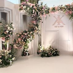 #weddingdesign #weddingdecoration #weddingphoto #weddingflowers #weddingplanner #flowers #flowerarrangement #floraldesign #florist #flowerwedding #weddingday #weddingidea #flowerdecoration #flowerdecorations #flowerdecorationthailand #ดอกไม้งานแต่ง #รับจัดดอกไม้งานแต่ง #รับจัดดอกไม้ _____________________________________________________________ Design and Decoration by Rainforest the wedding