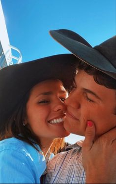 Country Couple Pictures, Cute Country Couples, Cute Country Boys, Cute Couples Photos, Cute Couple Pictures, Cute Couples Goals, Country Relationships, Couple Goals Relationships, Relationship Goals Pictures