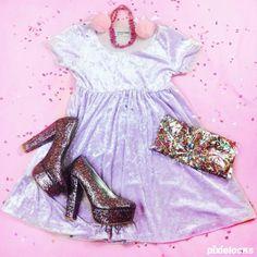 On that fashion hustle  #pixielocks #confetticlub #partykei #harajukufashion #americanapparel #keeganisdabest