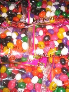using jelly beans to teach heredity Biology Classroom, Biology Teacher, Teaching Biology, Science Biology, Science Education, Life Science, Ap Biology, Classroom Projects, Biology Experiments
