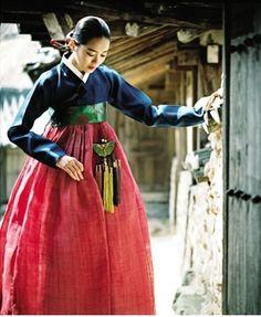 Woman in Hanbok | Korea