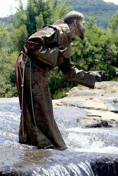 St Francis sculpture Religious Pictures, Religious Icons, Religious Art, Francis Of Assisi, St Francis, San Francisco, Holy Art, Patron Saint Of Animals, St Clare's