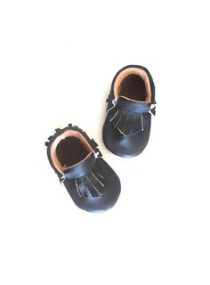 Black Leather  Moccasins Baby shoes Baby Moccasins by jengalaxy