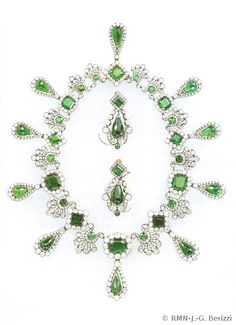 Emerald and diamond necklace and earrings by Francois-Regnault Nitot   commissioned by Napoleon for his second wife Marie-louise