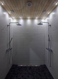 Kylpyhuone. Osiris valaisimet.
