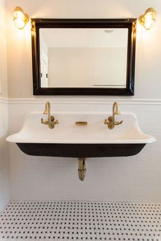 Cast iron trough sink with brass hardware - by Rafterhouse. Cast iron trough sink for powder room Bad Inspiration, Bathroom Inspiration, Small Bathroom, Master Bathroom, Bathroom Ideas, Modern Bathroom, Trough Sink Bathroom, Bathroom Vanities, White Bathroom