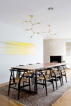 Get inspired by Scandinavian Dining Room Design photo by Veneer Designs. AllModern lets you find the designer products in the photo and get ideas from thousands of other Scandinavian Dining Room Design photos. Modern Kitchen Tables, Mid Century Modern Kitchen, Dining Room Wall Decor, Dining Room Design, Kitchen Decor, Design Loft, House Design, Rooms Ideas, Decoration Inspiration