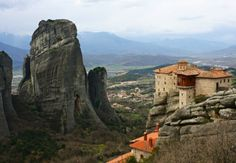 Immerse yourself in some of Greece's most spectacular scenery on a day trip to Meteora by train, the most fascinating way you could never imagine.Catch the train of to Kalambaka in the morning from the Athens Railway Station and enjoy a trip By Train, Train Travel, Day Tours, Plan Your Trip, World Heritage Sites, Day Trip, Athens, Places To See, Monument Valley
