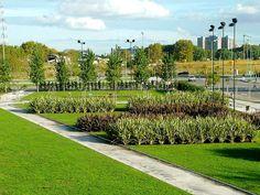 Parque Micaela Bastidas en Puerto Madero-Buenos Aires by Plantas Y Jardin, via Flickr