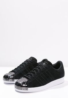 42a4417bbdf Pas en avant Adidas Superstar Homme Metal Toe Noir