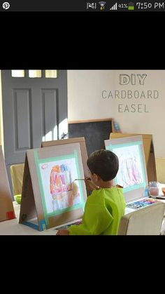 Cardboard Easel Quick and easy way to make your own DIY table easel with cardboard. Fun for kids doing art projects!Quick and easy way to make your own DIY table easel with cardboard. Fun for kids doing art projects! Kids Crafts, Projects For Kids, Decor Crafts, Diy For Kids, Art Projects, Arts And Crafts, Nature Crafts, Cat Crafts, Resin Crafts