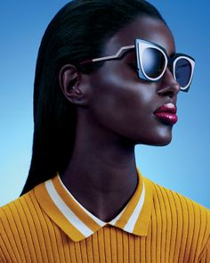 4 Impossibly Chic Sunglasses and Lipstick Combinations to Try This Spring