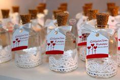 Pembe Kurdele Gülsün hanımın kınası için nazar boncuklu kolonya şişeleri hazir   www.pembekurdele.net