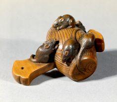 Rats and Daikoku's hammer: wood, Masakazu