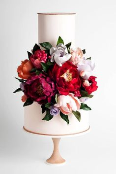 4 Amazing Wedding Cake Designers We Totally Love ❤️ See more: http://www.weddingforward.com/wedding-cake-designers/ #wedding #cake #designers