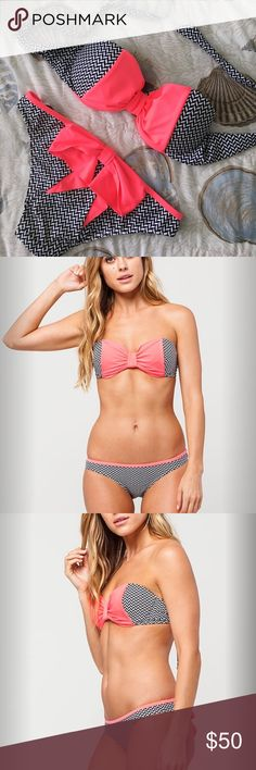 💥NWT💥 Coral Bow Bikini Perfect for spring break! The top has padding for push-up. You can add string if you want a halter look. The bottom still has the liner. Swim Bikinis
