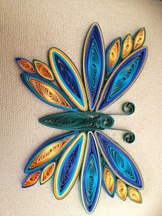 quilling for kids Quilling Butterfly, Paper Quilling Flowers, Paper Quilling Tutorial, Paper Quilling Cards, Paper Quilling Jewelry, Paper Quilling Patterns, Origami And Quilling, Quilled Paper Art, Quilling Paper Craft