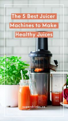 Ready to start juicing but want to avoid expensive juice counters or sugary store-bought brands? Making fresh and healthy juices at home is totally the way to go. Here's our guide to the best juicer machines on the market. Juice Cleanse Recipes, Healthy Juice Recipes, Healthy Juices, Detox Juices, Detox Recipes, Drink Recipes, Smoothie Recipes, Blender Recipes, Jelly Recipes