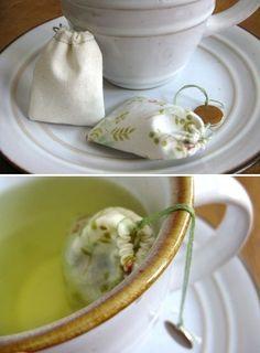 DIY: Reusable tea bags. Love the idea! Also a good gift idea for fellow tea drinkers.