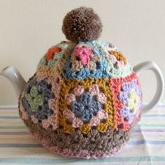 Haak & Pen: TEACOSY granny square